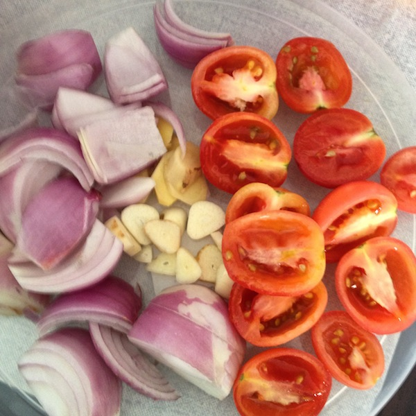 Onions, garlic, tomatoes